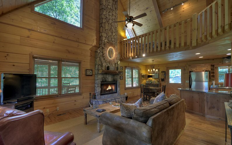 Blue Ridge Cabin Rental Living Room