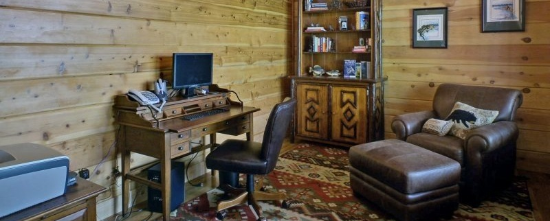 Vacation Cabin Office Desk