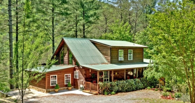 Dream Cove Blue Ridge Luxury Cabin Rental Exterior